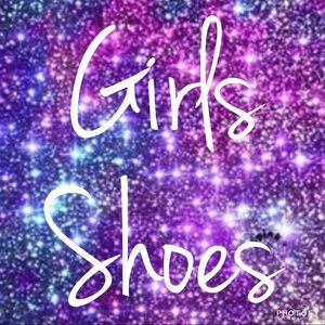 Girls Shoes!  Lots of sizes and brands!